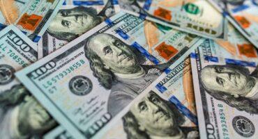 El dólar como fetiche y su influencia en la producción agropecuaria